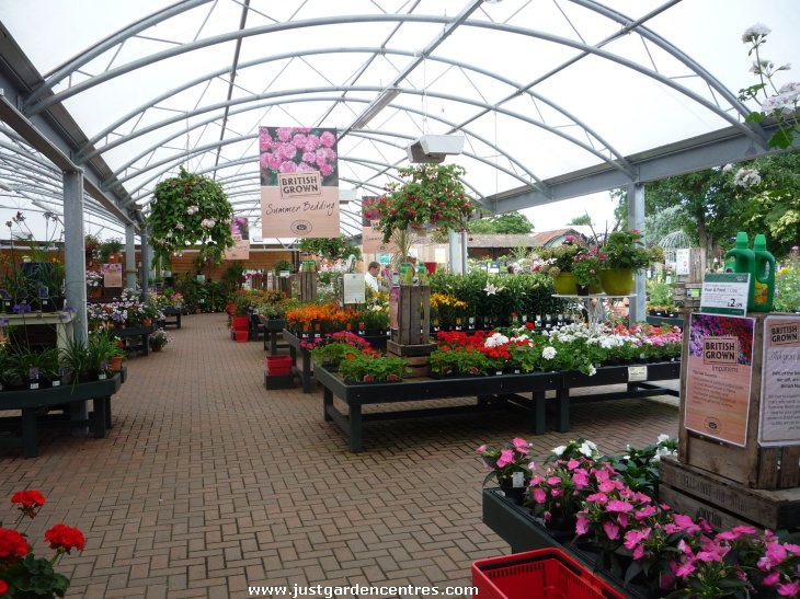 Frosts garden centre in milton keynes for Garden centre